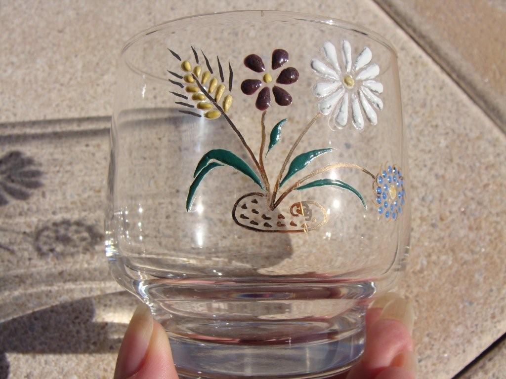 Peinture sur verre 2 me partie dany et la peinture sur - Peindre des verres a pied ...